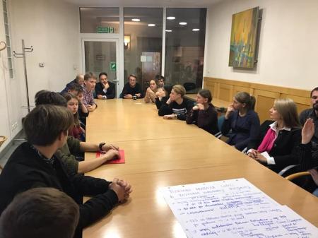 Przestawiciele Samorządu Uczniowskiego uczestniczyli w gdyńskiej dyskusji o tr