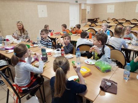 Jesienne kanapki w klasie 1a