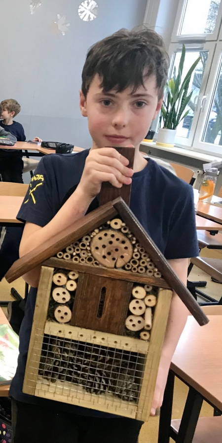 Patryk i domki dla owadów