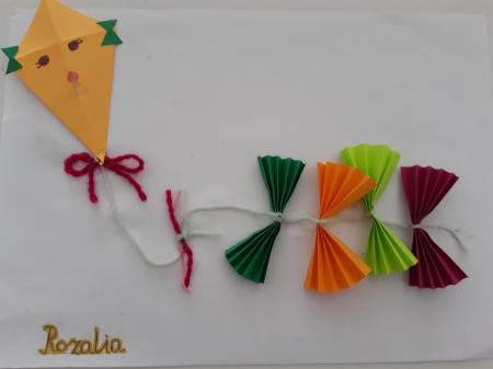 ''Latawiec'' - prace uczniów klasy 1b