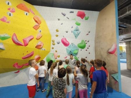 Klasa IIIb na ściance… wspinaczkowej