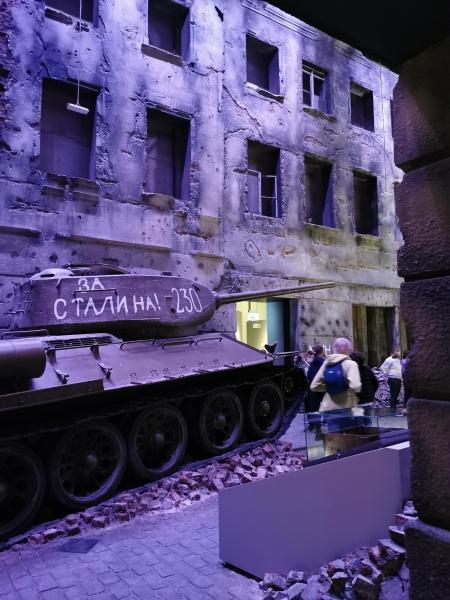 Klasa 8d w Muzeum II Wojny Światowej