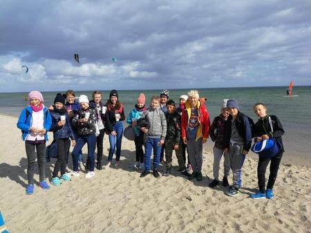 Klasa 6d na kursie windsurfingu